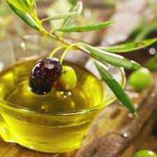 Olio di Oliva Italiano Sempre più Apprezzato anche all'Estero