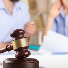 L'Avvocato suggerisce: Come possono sopravvivere i genitori separati alle prossime vacanze scolastiche