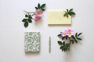 libretto per il rito civile e fiori