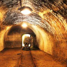 Comprare Azioni Minerarie Collegate a Oro, Come Fare e Cosa Scegliere